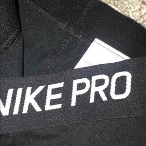 Nike Pants - Nike pro small leggings